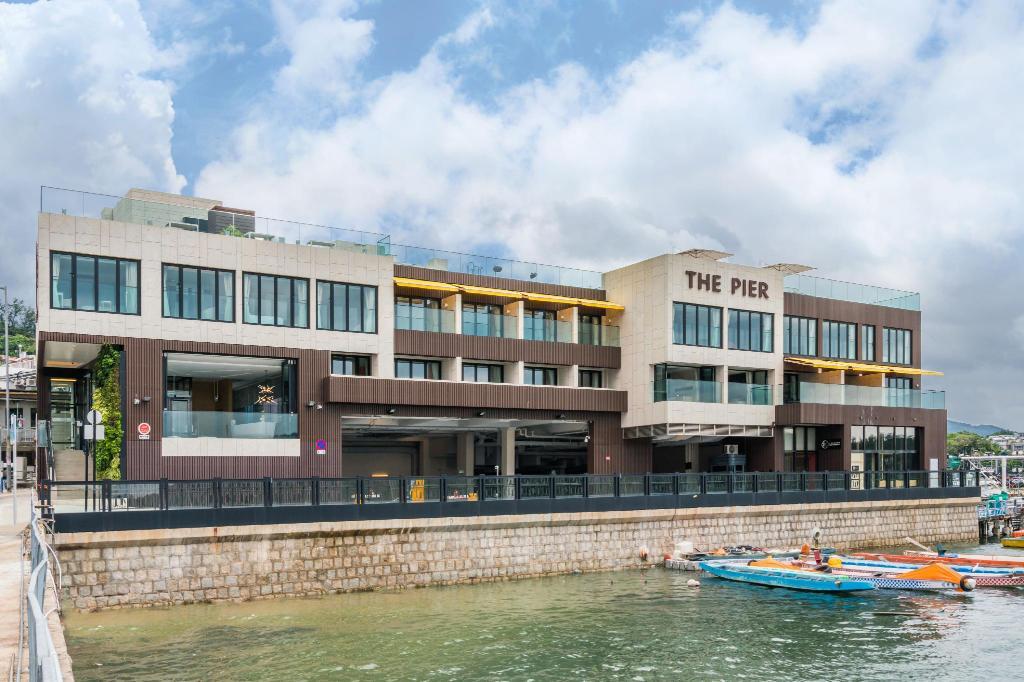西頁The Pier Hotel